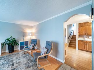 Photo 7: 215 Millcrest Way SW in Calgary: Millrise Detached for sale : MLS®# A1103784