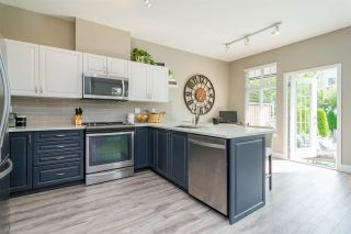 """Photo 3: 6 18828 69 Avenue in Surrey: Clayton Townhouse for sale in """"Starpoint"""" (Cloverdale)  : MLS®# R2298296"""