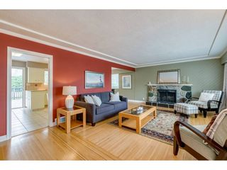 Photo 3: 2080 CRANE Avenue in Coquitlam: Central Coquitlam House for sale : MLS®# R2498876