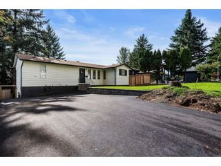 """Photo 2: 32656 BOBCAT Drive in Mission: Mission BC House for sale in """"West Heights"""" : MLS®# R2623384"""