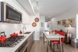 """Photo 14: 403 GREAT NORTHERN Way in Vancouver: Mount Pleasant VE Townhouse for sale in """"Canvas"""" (Vancouver East)  : MLS®# R2163692"""