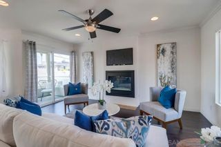 Photo 7: PACIFIC BEACH House for sale : 3 bedrooms : 1653 Chalcedony St in San Diego