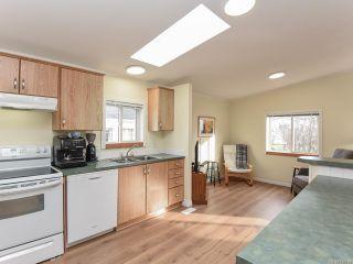 Photo 24: 102 2200 Lambert Dr in COURTENAY: CV Courtenay City House for sale (Comox Valley)  : MLS®# 830910