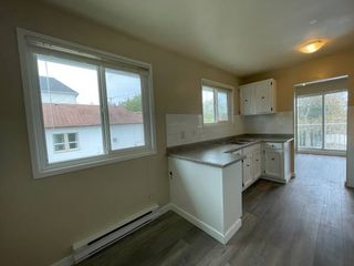 Photo 6: 649 Kennedy Street in Nanaimo: Residential for rent