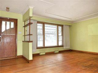 Photo 3: 1021 Radisson Avenue in Winnipeg: West Fort Garry Residential for sale (1Jw)  : MLS®# 1830621