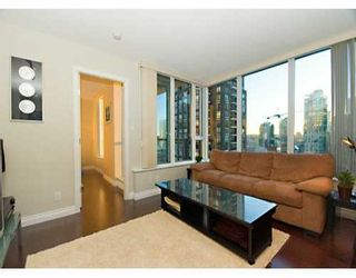 "Photo 3: 1010 RICHARDS Street in Vancouver: Downtown VW Condo for sale in ""THE GALLERY"" (Vancouver West)  : MLS®# V628281"