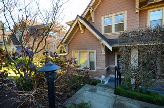 "Photo 18: 229 E QUEENS RD in North Vancouver: Upper Lonsdale Townhouse for sale in ""QUEENS COURT"" : MLS®# V1045877"