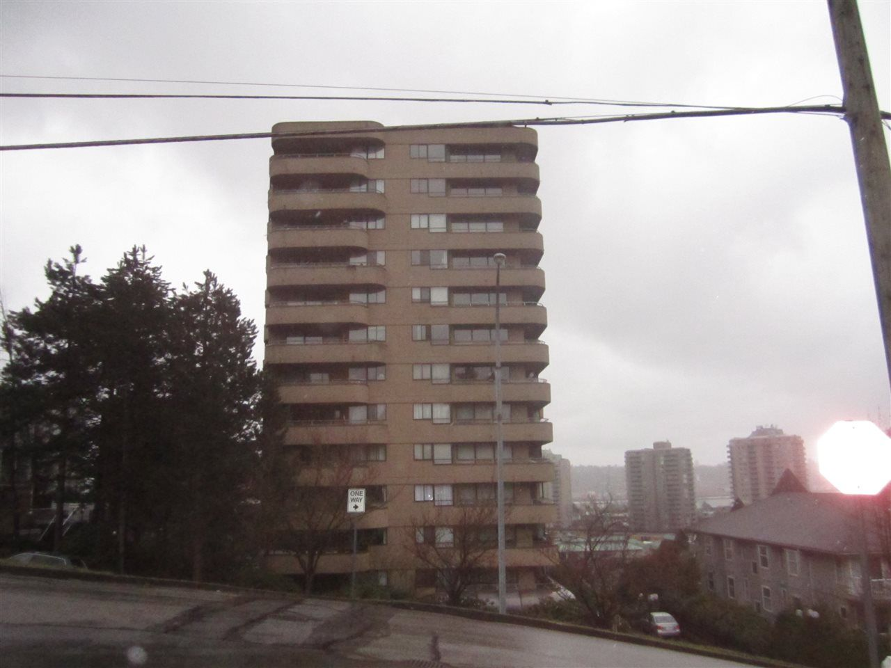 """Main Photo: 704 1026 QUEENS Avenue in New Westminster: Uptown NW Condo for sale in """"AMARA TERRACE"""" : MLS®# R2153240"""