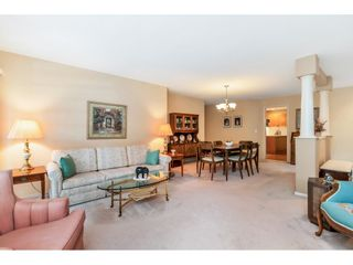 """Photo 4: 159 20391 96 Avenue in Langley: Walnut Grove Townhouse for sale in """"Chelsea Green"""" : MLS®# R2539668"""