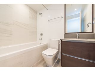 """Photo 14: 3207 4670 ASSEMBLY Way in Burnaby: Metrotown Condo for sale in """"Station Square"""" (Burnaby South)  : MLS®# R2320659"""