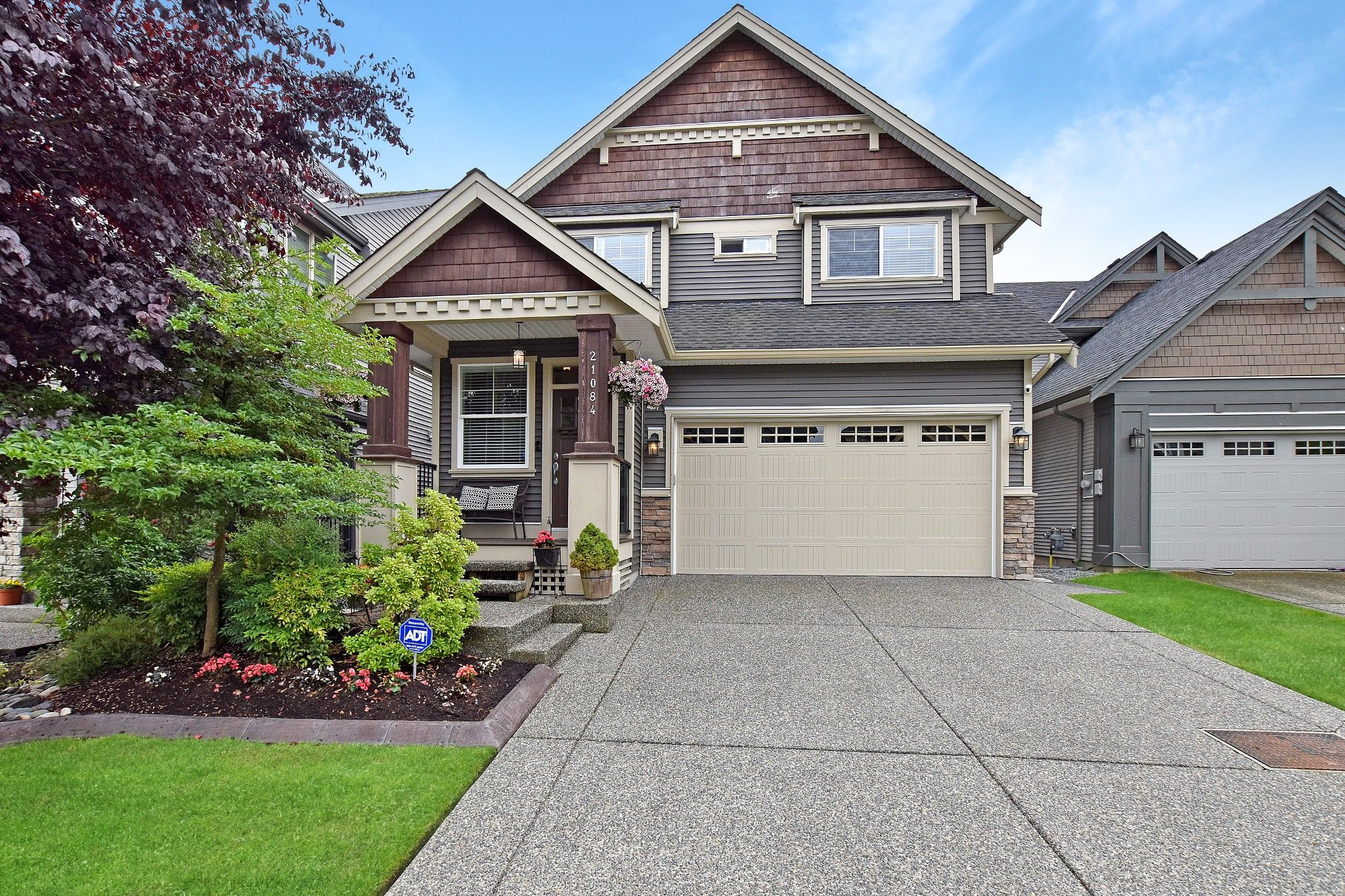 Main Photo: 21084 78B Avenue in Langley: Willoughby Heights House for sale : MLS®# R2385292