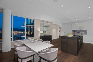"""Photo 11: 2501 620 CARDERO Street in Vancouver: Coal Harbour Condo for sale in """"Cardero"""" (Vancouver West)  : MLS®# R2565115"""