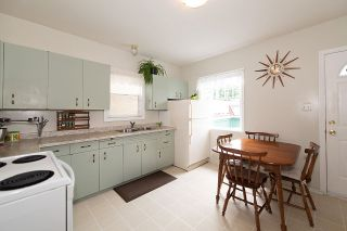 Photo 10: 936 W 17TH Avenue in Vancouver: Cambie House for sale (Vancouver West)  : MLS®# R2505080