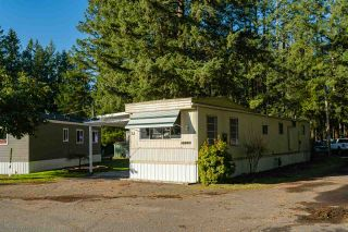 """Photo 19: 32 20071 24 Avenue in Langley: Brookswood Langley Manufactured Home for sale in """"Fernridge Estates"""" : MLS®# R2438182"""