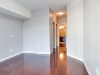 """Photo 10: 316 10237 133 Street in Surrey: Whalley Condo for sale in """"ETHICAL GARDENS"""" (North Surrey)  : MLS®# R2322392"""