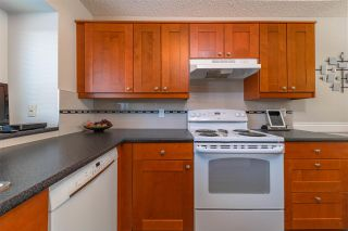 Photo 5: 44 LACOMBE Point: St. Albert Townhouse for sale : MLS®# E4253325