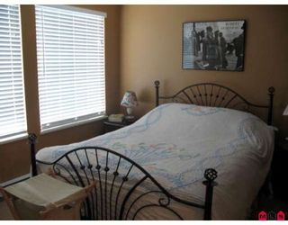 """Photo 6: 40 14952 58TH Avenue in Surrey: Sullivan Station Townhouse for sale in """"HIGHBRAE"""" : MLS®# F2913725"""