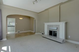 Photo 5: Highlands in Edmonton: Zone 09 House for sale