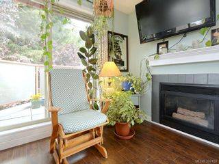 Photo 5: 304 930 North Park St in VICTORIA: Vi Central Park Condo for sale (Victoria)  : MLS®# 795027