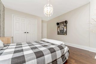 Photo 32: 4295 Couples Cres in Burlington: Rose Freehold for sale : MLS®# W5305344