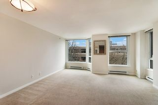 """Photo 2: 404 500 W 10TH Avenue in Vancouver: Fairview VW Condo for sale in """"Cambridge Court"""" (Vancouver West)  : MLS®# R2560760"""