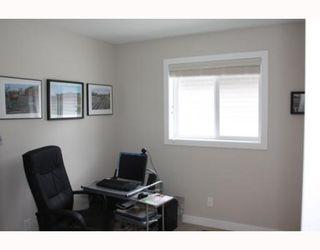 Photo 15: 98 BRIGHTONSTONE Grove SE in CALGARY: New Brighton Residential Detached Single Family for sale (Calgary)  : MLS®# C3382275