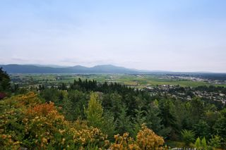 """Photo 36: 35488 JADE Drive in Abbotsford: Abbotsford East House for sale in """"Eagle Mountain"""" : MLS®# R2222601"""