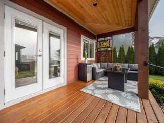 Photo 19: 5560 WINTER Road in Sechelt: Sechelt District House for sale (Sunshine Coast)  : MLS®# R2333222