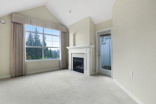 """Photo 2: 416 960 LYNN VALLEY Road in North Vancouver: Lynn Valley Condo for sale in """"Balmoral House"""" : MLS®# R2162251"""