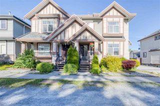 Photo 3: 7118 144 Street in Surrey: East Newton 1/2 Duplex for sale : MLS®# R2588083