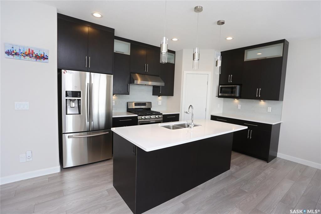 Photo 5: Photos: 230 Warder Cove in Saskatoon: Stonebridge Residential for sale : MLS®# SK843187