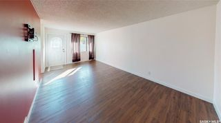 Photo 3: 2034 Queen Street in Regina: Cathedral RG Residential for sale : MLS®# SK871200