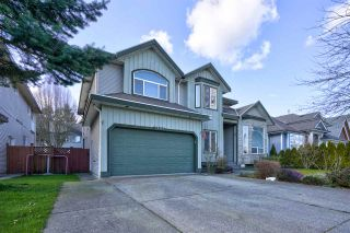 Photo 1: 7263 145 Street in Surrey: East Newton House for sale : MLS®# R2442963