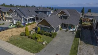 Photo 2: 5626 Oceanview Terr in Nanaimo: Na North Nanaimo House for sale : MLS®# 882120
