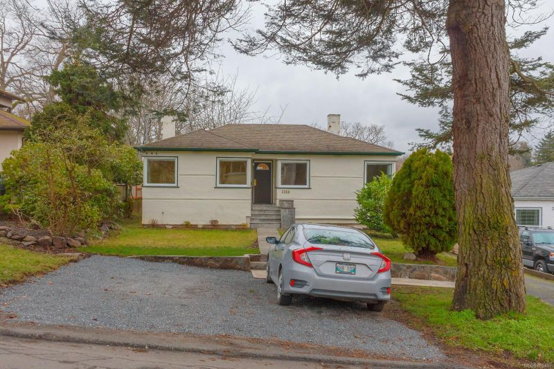 FEATURED LISTING: 3260 Bellevue Rd