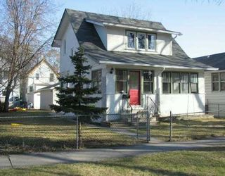 Photo 1: 805 GARWOOD Avenue in WINNIPEG: Fort Rouge / Crescentwood / Riverview Single Family Detached for sale (South Winnipeg)  : MLS®# 2706210