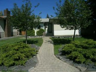 Photo 2:  in CALGARY: Braeside Braesde Est Residential Detached Single Family for sale (Calgary)  : MLS®# C3140518