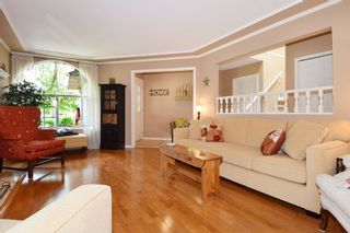 """Photo 4: 6139 W BOUNDARY Drive in Surrey: Panorama Ridge Townhouse for sale in """"LAKEWOOD GARDENS"""" : MLS®# F1448168"""