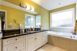 Photo 8: 796 TUDOR Avenue in North Vancouver: Forest Hills NV House for sale : MLS®# R2560514