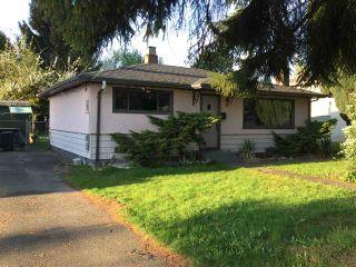 "Photo 3: 5277 SPRUCE Street in Burnaby: Deer Lake Place House for sale in ""DEER LAKE PLACE"" (Burnaby South)  : MLS®# R2058160"