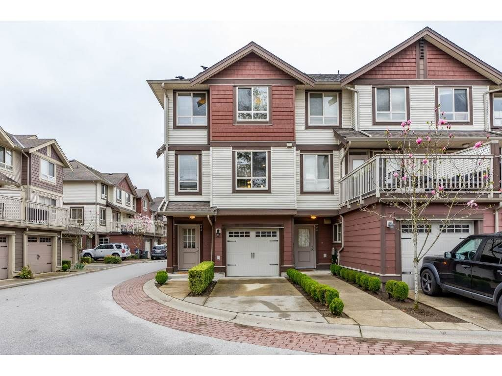 "Main Photo: 34 19560 68 Avenue in Surrey: Clayton Townhouse for sale in ""SOLANA"" (Cloverdale)  : MLS®# R2357431"