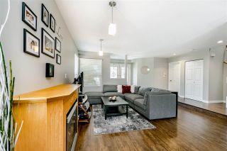 Photo 3: 833 QUADLING Avenue in Coquitlam: Coquitlam West 1/2 Duplex for sale : MLS®# R2407327