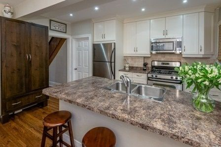 Photo 2: Photos:  in : Lawrence Park South Freehold  (Toronto C04)  : MLS®# C3362751