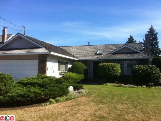 """Main Photo: 1768 130TH Street in Surrey: Crescent Bch Ocean Pk. House for sale in """"Summerhill Area in Ocean Park"""" (South Surrey White Rock)  : MLS®# F1123665"""