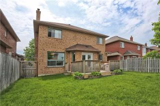 Photo 13: 121 Harkness Drive in Whitby: Rolling Acres House (2-Storey) for sale : MLS®# E3511050