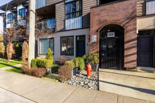 "Photo 1: 310 SEYMOUR RIVER Place in North Vancouver: Seymour NV Townhouse for sale in ""The Latitudes"" : MLS®# R2333638"