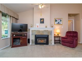 """Photo 4: 72 21138 88 Avenue in Langley: Walnut Grove Townhouse for sale in """"Spencer Green"""" : MLS®# R2122624"""