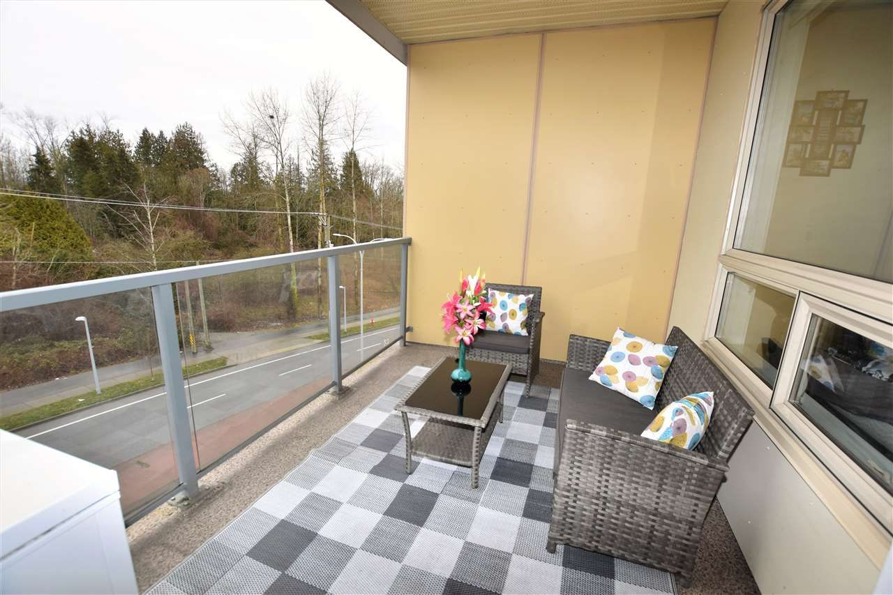 """Photo 11: Photos: 404 19228 64 Avenue in Surrey: Clayton Condo for sale in """"Focal Point"""" (Cloverdale)  : MLS®# R2535709"""