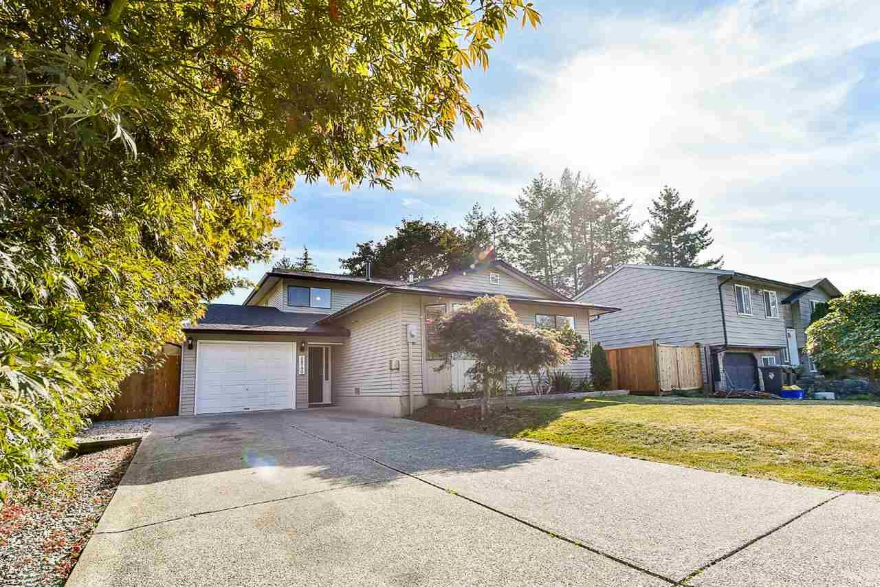 Main Photo: 26780 32A AVENUE in : Aldergrove Langley House for sale : MLS®# R2206335