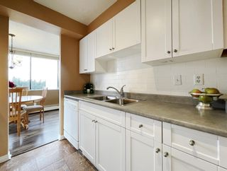 """Photo 12: 1904 4300 MAYBERRY Street in Burnaby: Metrotown Condo for sale in """"Times Square"""" (Burnaby South)  : MLS®# R2526993"""